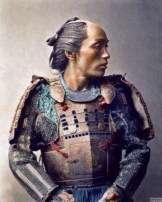 portrait-samourai-couleur-japon                                                                                                                                                      Plus