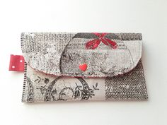 porte-monnaie zippé, style compagnon, portefeuilles doublé en tissu marron , porte cartes marron et rouge : Porte-monnaie, portefeuilles par doudous-mad-in-toudou