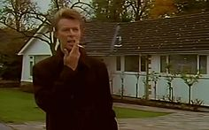 All The Nobody People • theshivareelady: David Bowie - Buddha Of Suburbia...