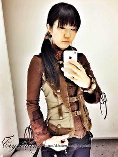 Aviator? Western? Umm…Adventurer? shirt - Ozz On Japan vest - Ozz On Japan short pants - Ozz On Japan 別珍のミリタリーベストと別珍のハーフパンツで冒険者風 - Crystaline:スチームパンクな淑女の叙事詩