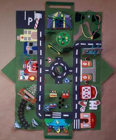 Игрушки из фетра - мастер-классы и выкройки Quiet Book Templates, Quiet Book Patterns, Cardboard Crafts, Felt Crafts, Infant Activities, Activities For Kids, Diy For Kids, Gifts For Kids, Boy Crochet Patterns