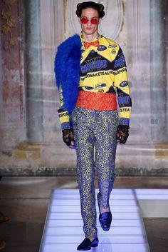 f37ca40da Designer Fashion - Farfetch. The World Through Fashion. Moschino ...