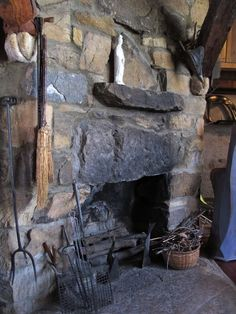 I want this fire place!!!