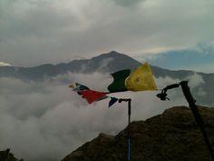 Bandera de oración lung ta en el Co. Palestras  http://www.facebook.com/pages/Campa%C3%B1a-banderas-de-oraci%C3%B3n-tibetanas/495354623857551
