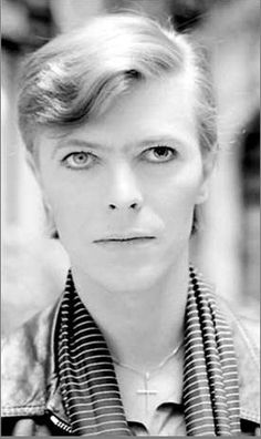 David Bowie, Paris 1977. Photo by Philippe Auliac.