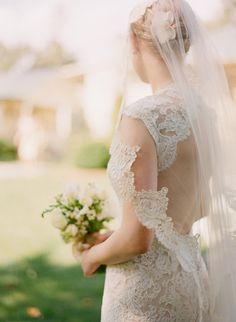 Do you want to wear a long veil for your wedding day? Long veils make your wedding more memorable, classic and timeless. Here are Long Viels Ideas Wedding Dresses as your inspiration. To comple… Wedding Veils, Lace Weddings, Wedding Dresses, Prom Dresses, Dream Wedding, Wedding Day, Wedding Album, Wedding Wishes, Farm Wedding