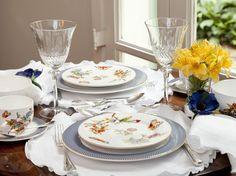 café da manhã com louça estampada, mesa posta, tablescape decor, table setting