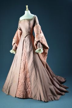 """Deborah Kerr, """"Young Bess,"""" MGM Designed by Walter Plunkett, The Collection of Motion Picture Costume Design: Larry McQueen Tudor Dress, Medieval Dress, Medieval Clothing, Historical Clothing, Historical Costume, Renaissance Costume, Renaissance Fashion, Elizabethan Fashion, Renaissance Dresses"""