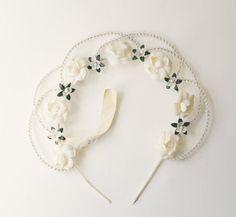 Vintage bridal hair crown Vintage Wreath White by Lietofiore, $26.00