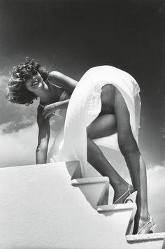 St. Jean Cap Ferrat, 1978Photographer: Helmut Newton  (viaalgibeira,melisaki)