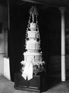 queen elizabeth ii wedding cake 1000 images about gorgeous sugarcraft on 18935