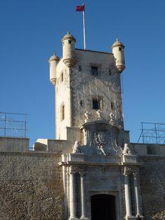 Fotos Puerta de Tierra de Cádiz – España - http://fotosdehoy.wordpress.com/2012/04/28/fotos-puerta-de-tierra-de-cadiz-espana/