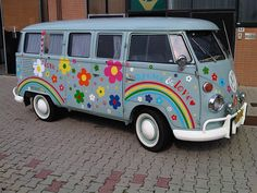 vw Flower Power by kombibus, via Flickr It's the party bus