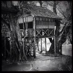 """""""#blackandwhite #bw #travel #travelphotography #photooftheday #picoftheday #southeastasia #laos - house on water - taken in Laos not far from Luang Prabang (2012)"""" Photo taken by @actuallymt on Instagram, pinned via the InstaPin iOS App! http://www.instapinapp.com (10/03/2014)"""