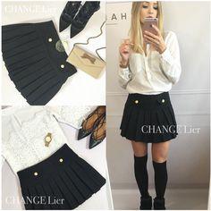 New❤️ Minimalistyczna urocza forma  Czarna plisowana spódniczka typu mini ❤️ Idealna do eleganckiej bluzki jak rownież do zwykłego t-shirtu