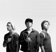 Calling all #Emblems! Have you joined the #E3Entourage yet? Join the global competition to win your country a visit from Emblem3!  Find out more here: http://entourage.emblem3.com/