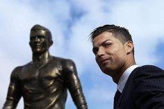 #Ronaldo e il monumento