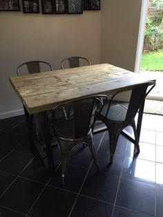 Reclaimed Industrial Chic 4-6 Seater Solid Wood and by RCCLTD