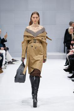 バレンシアガ 2016年秋冬コレクション - デムナ・ヴァザリアによる初シーズン | ニュース - ファッションプレス