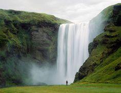 Der Skógafoss-Wasserfall in Island