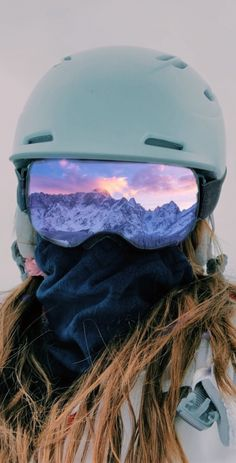 See more of jennaacourtney's VSCO. Mode Au Ski, Snowboarding Style, Snowboard Girl, Ski Season, Snow Skiing, Winter Pictures, Ski Ski, Adventure, Vsco