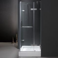 Give your bathroom a totally new look with this uniquely stylish and totally frameless Vigo square-shaped shower enclosure with base. The hinges made of solid cast brass with all stainless steel moving parts to ensure superior quality and durability.
