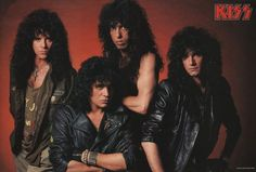 Kizz Band, Kiss World, Kiss Members, Eric Carr, Peter Criss, Crazy Night, Paul Stanley, Ace Frehley, Hot Band
