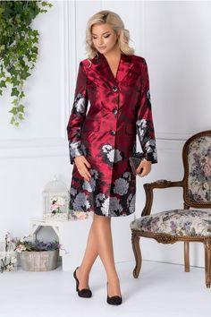 Paltoane De Iarna - Modele Cambrate Largi - Ce se poarta in iarna 2020 Dresses With Sleeves, Long Sleeve, Casual, Fashion, Gowns With Sleeves, Moda, Full Sleeves, Fashion Styles, Fashion Illustrations