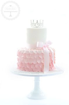 Cake Designs Coffs Harbour : 1000+ ideas about 18 Birthday Cakes on Pinterest 18th ...