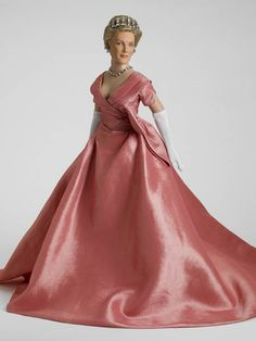 Queen Clarisse Renaldi - The Princess Diaries Collection - Tonner Doll Company