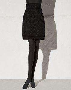 Skirts . lining 80% Polyester, 10% Polyamide, 5% Cotton, 3% Viscose, 2% Elastane