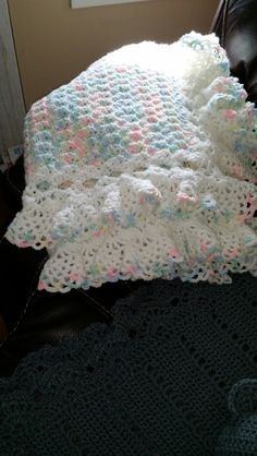 Baby blanket crochet in baby verigated yarn. || ♡ THE COLORS ARE PERFECT, AND THE EDGING IS ABSOLUTELY GORGEOUS!!! ♥A