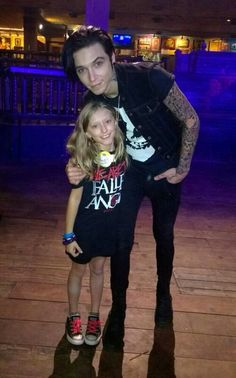 CUTE!!! And people say he sings satanic music and is a bad guy because he has tattoos. Well look at this everyone this is adorable!!!