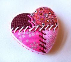 Broche Corazón Patchwork en Arcilla Polimérica.