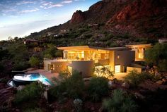 Monk's Shadow Residence in Paradise Valley, Arizona by Kendle Design Collaborative