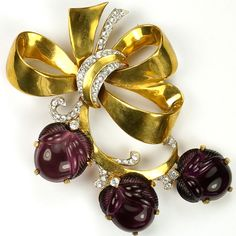 Mazer Gold Bow and Swirl Blackcurrant Jelly Belly Fruit Salad Acorns Pin