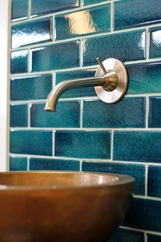 flooring color A rich, juicy teal with a crackle glaze is the perfect backsplash for this golden vessel sink. Teal Bathroom Decor, Bathroom Red, Bathroom Styling, Bathroom Interior Design, Home Interior, Small Bathroom, Teal Bathrooms, Bathroom Accessories, Teal Bathroom Furniture