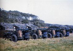 943 Polish Armoured Division Scotland 1943 April Guns and towing tractors of the Medium Artillery Regiment. Normandy Ww2, Poland Ww2, Train Truck, Fortification, Armed Forces, Marines, Division, World War, Wwii