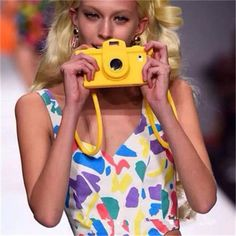 Moschino Kamera iphone 5/6/6P Handyhülle mit 3D Kamera Design aus silikon