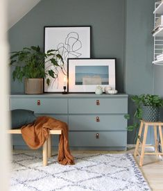 17 Awesome Ikea Malm Hacks that will Make your Day – james and catrin The Ikea MALM dresser is one of Ikea's most iconic pieces of furniture and as such, has been hacked repeatedly down the years. Furniture, Ikea Malm Hack, Interior, Bedroom Design, Ikea, Home Decor, House Interior, Ikea Malm Dresser, Room Decor