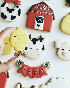 """244 Likes, 9 Comments - Nina Marie Sweet Designs (@ninamariesweetdesigns) on Instagram: """"Cute chick  from Kate's Baby Shower set!  Cutters from @thesweetdesignsshop &…"""""""