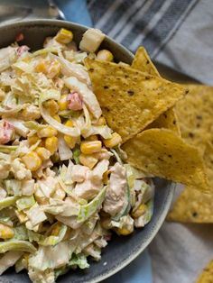 Tacos salad with chicken - Evening food- Tacosalat med kylling – Kvardagsmat tacos salad with chicken - Healthy Chicken Recipes, Mexican Food Recipes, Healthy Snacks, Healthy Food Instagram, Clean Eating Recipes, Cooking Recipes, Meals Under 500 Calories, Nachos, Good Food
