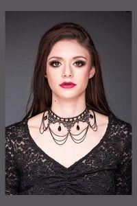 Queen of Darkness - Gothic Collier aus Spitze mit Ketten und Kristallen