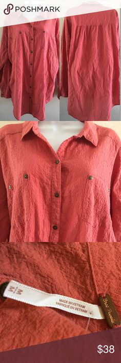 "Free People Love Her Madly Button Up Oversize Top Free People Lover Her Madly Button Down Long Sleeve Button Up Shirt. PRE-LOVED. A soft cotton gauze fabrication allows for comfortable and stylish wear. Foldover neckline. Long sleeves with button cuffs. Full button-up front. Chest pockets with rivet detail. Gathering at the back yoke. Shirttail hemline. 99% cotton, 1% spandex. Approximate Measurements: Front Length: 31""; Back Length 34.5""; PTP 26.5""; Waist measured across 26"". Hang wash cold…"