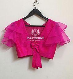 Blouse Back Neck Designs, Fancy Blouse Designs, Sari Blouse Designs, Bridal Blouse Designs, Latest Blouse Designs, Stylish Blouse Design, Outfit Invierno, Kurti Designs Party Wear, Couture