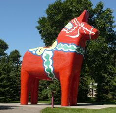 Dala Horse: Outdoor learning experience in Minot, North Dakota