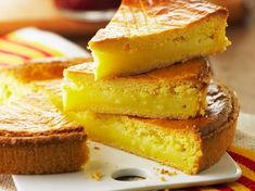 Gâteau basque Desserts Menu, French Desserts, Healthy Cooking, Cooking Recipes, Afternoon Snacks, Homemade Cakes, How To Make Cake, Cooking Time, Sweet Recipes