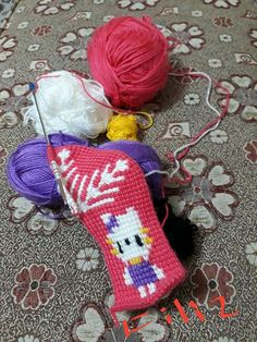 This Pin was discovered by Emi Hairstyle Trends, Piercings, Knitted Slippers, Tunisian Crochet, Moda Emo, Christmas Stockings, Tatting, Diy And Crafts, Socks