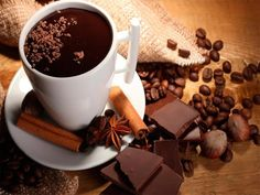 Chocolate and coffee make the perfect pair. Here is how to create the best coffee and chocolate pairings! Chocolate Cafe, Healthy Hot Chocolate, Hot Chocolate Recipes, Chocolate Gifts, How To Make Chocolate, Milk Shakes, Homemade Soap Recipes, Raw Cacao, Cocktails