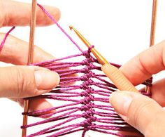 Hairpin Lace Basic Strip tutorial (video embedded on page)